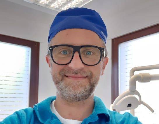Dr. Carfì Luigi